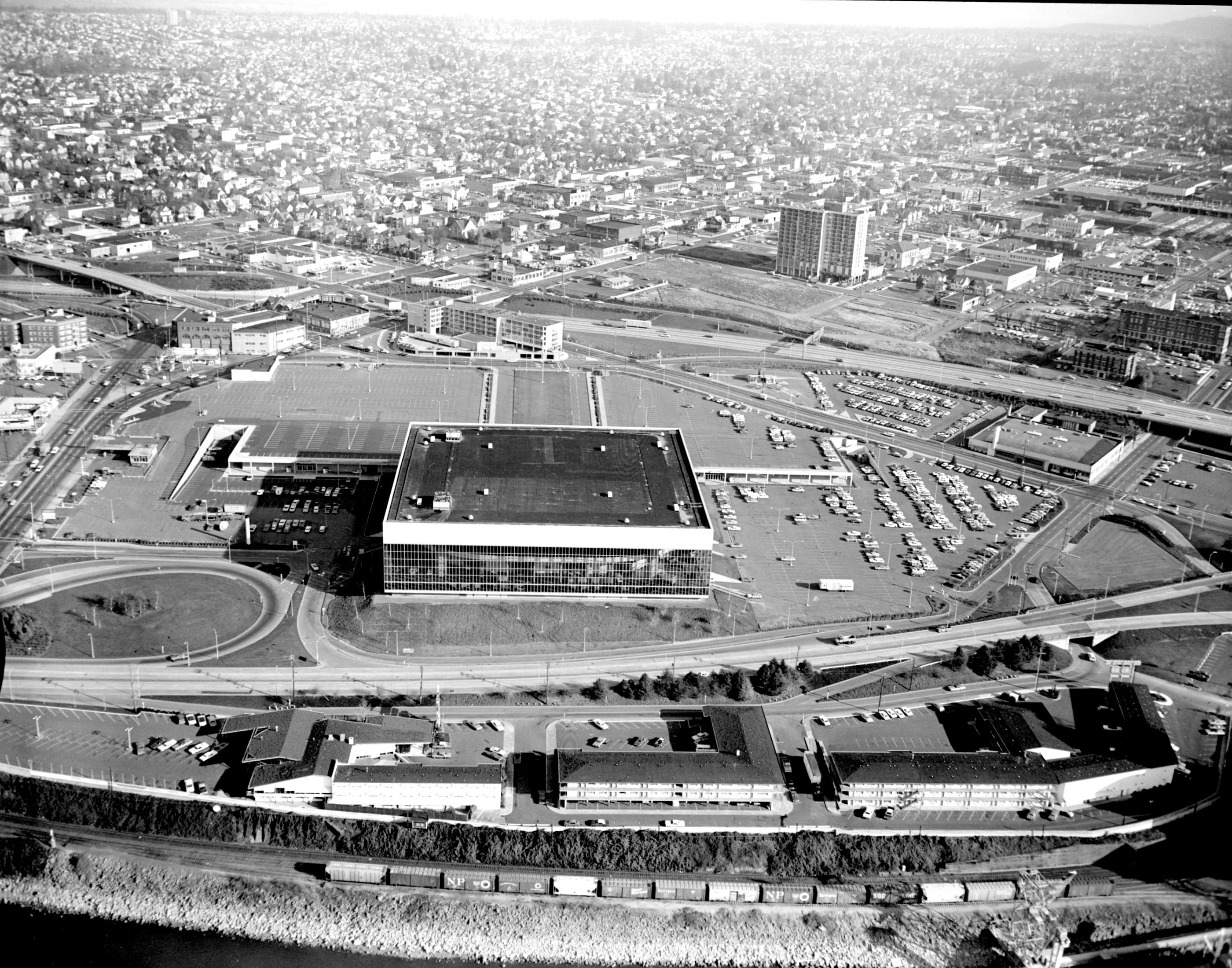 Memorial Coliseum, 1969 | Vintage Portland