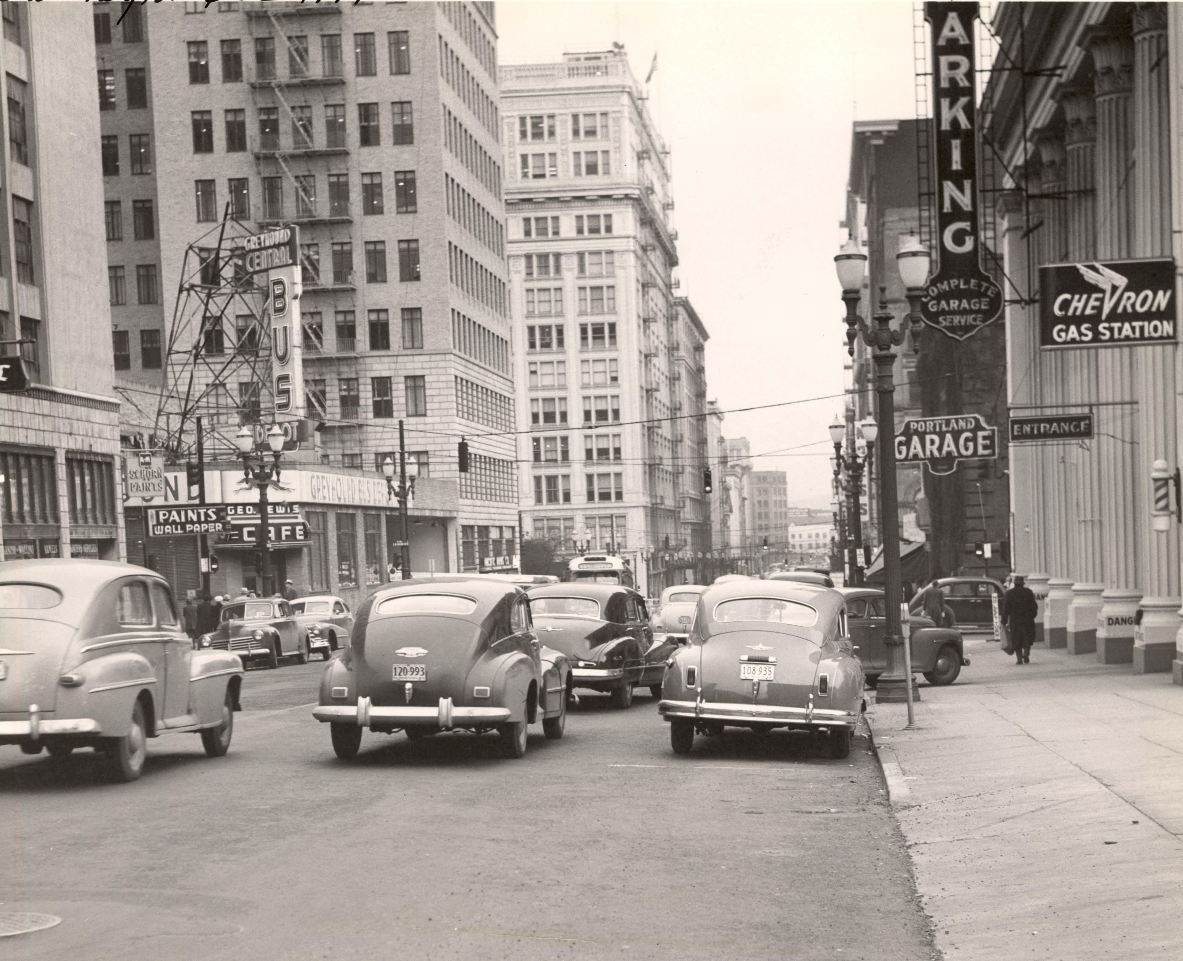 Sw 5th Ave 1949 Vintage Portland