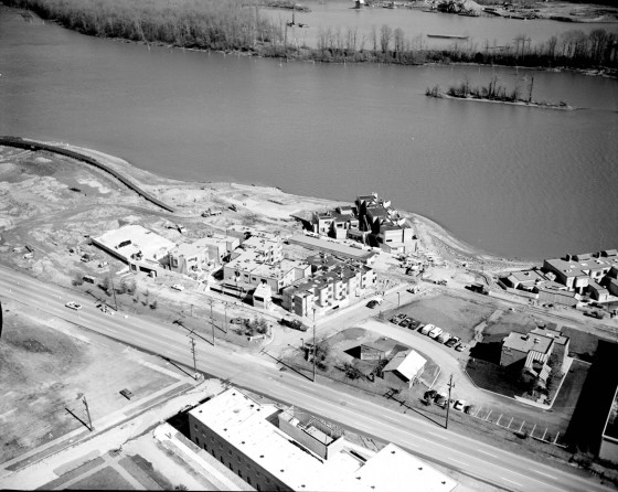 Aerial Johns Landing area east 1975