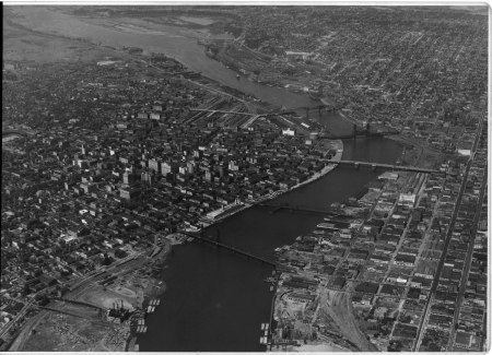 A2010-001.75 Aerial of Downtown Portland c1938 24k