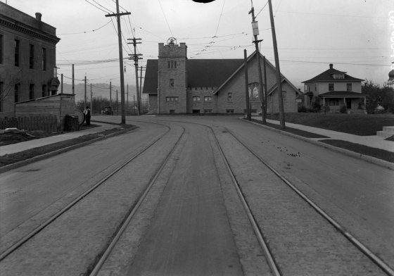 A2009-009.48   Belmont St at 55th Ave looking west 1913