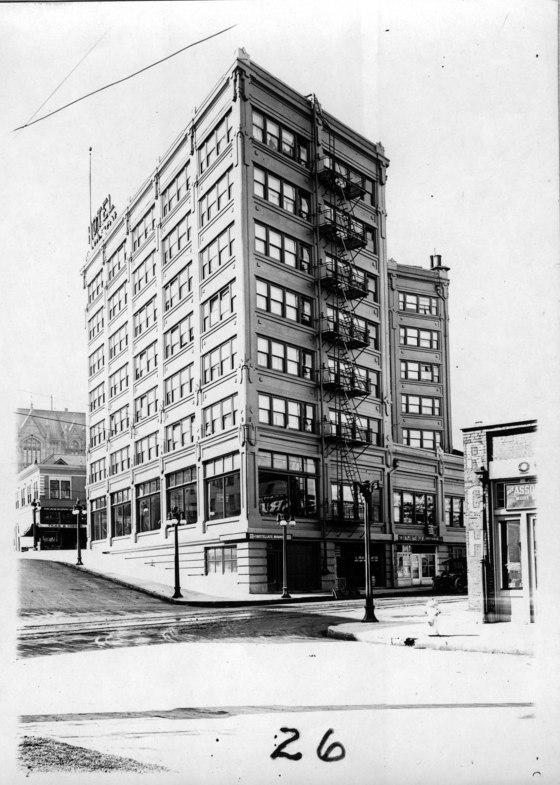 A2000-003.38 Survey 26A Hotel Carlton 1917