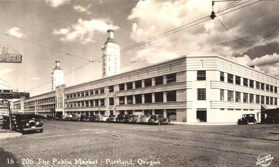 A2004-002.2788  The Public Market, Portland, Oregon 1942