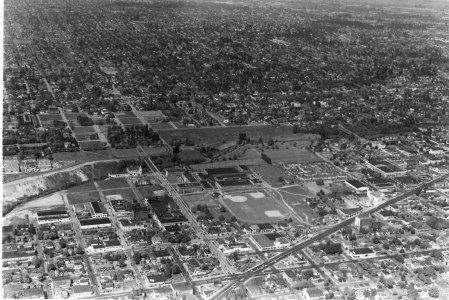 A2005-005.1479.11 Aerial Buckman Park Field NE 12th and Sandy 1947