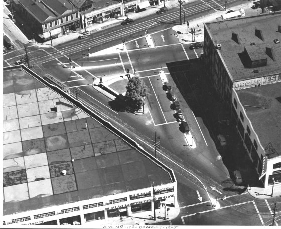 A2005-001.158 W Burnside 18th 19th Morrison 1943