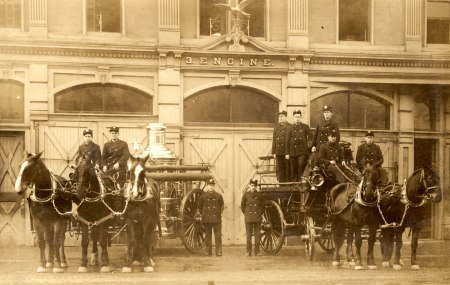 Station 3 Crew & horse drawn apparatus c1913