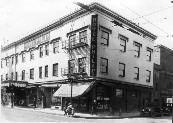 W Burnside and N Fourth 1927