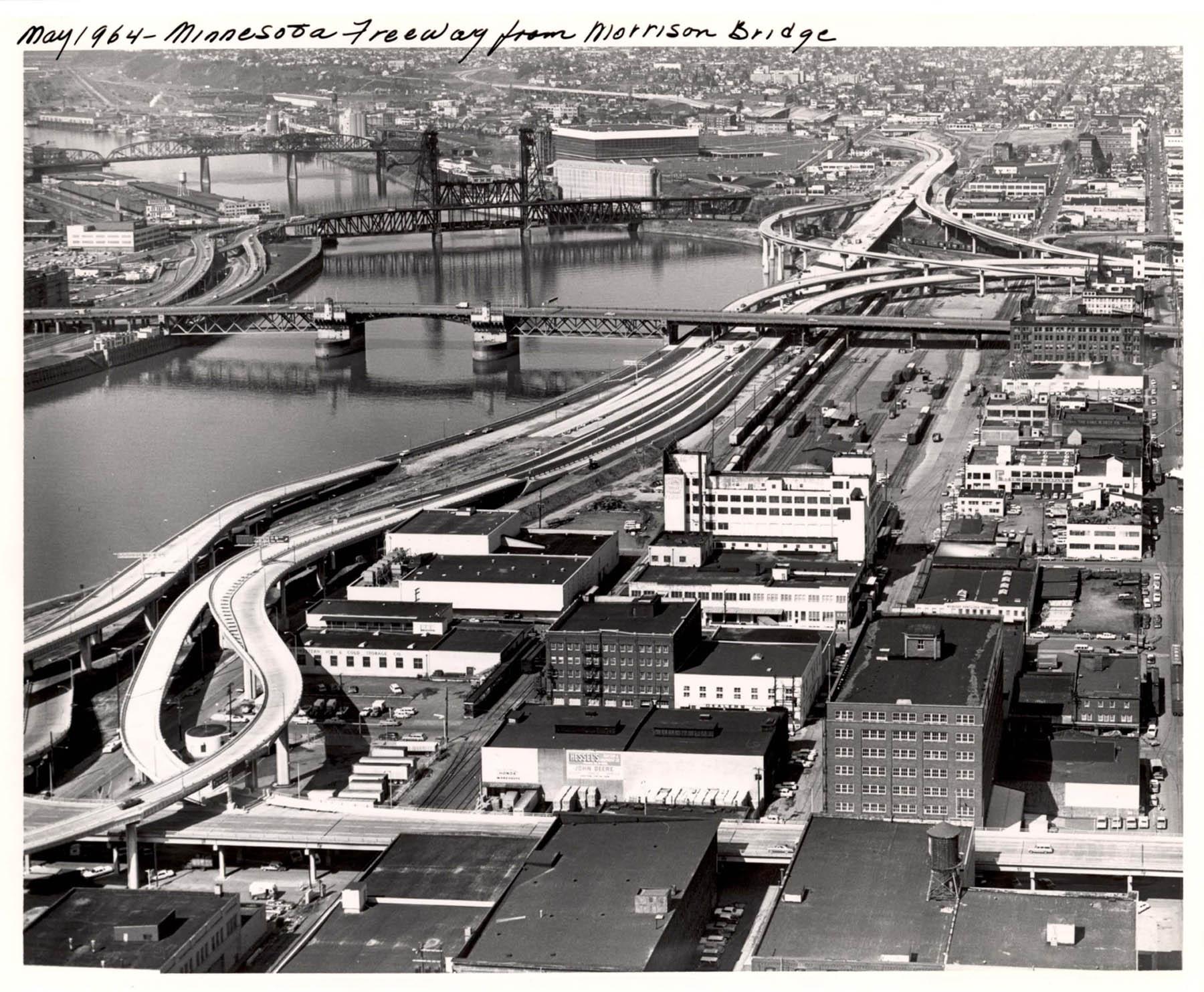 A2005-001.428 Minnesota Freeway from Morrison Bridge north 1964