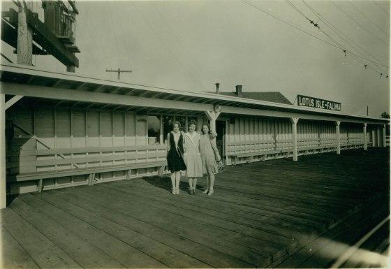 A2008-001.56 Lotus Island-Faloma streetcar station 1932