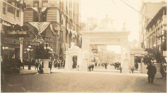 gateway arch bud 1920