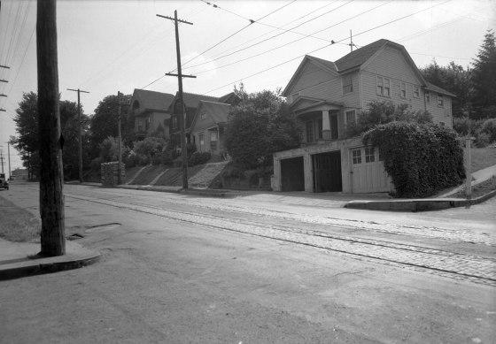 A2009-009.121 Corner of SW xxxxxxx Ave 1939