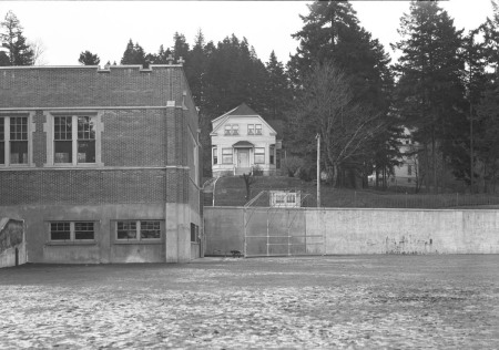 A2009-009.1496 Ainsworth Elementary School playing field 1928
