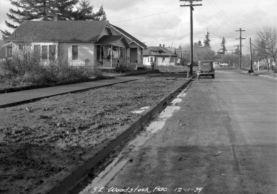 A2009-009.3697 SE Woodstock Blvd 1939