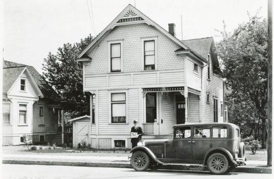 A2009-009.999 4054 NE Union 1929