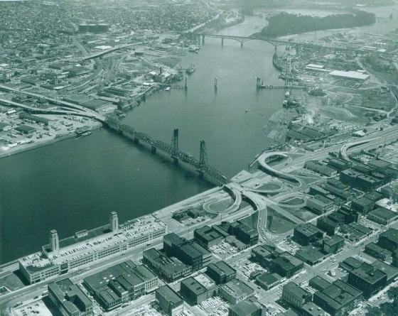 A2004-001.1012 Marquam bridge under construction 1963