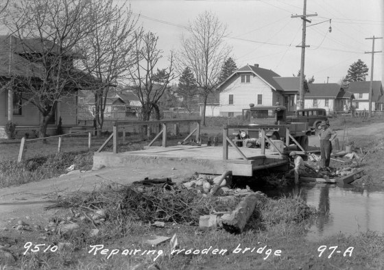 A2009-009.2780 Bridge Repair on SE 21st and Nehalem 1931