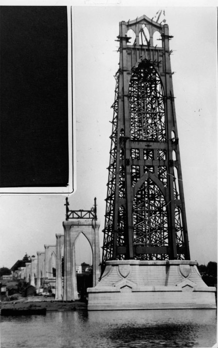 A2004-002.9146 St Johns Bridge 1930