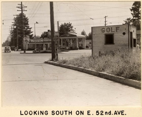 A2005-001.202  SE Foster Rd from 52nd Ave looking south 1937