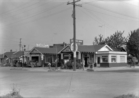 A2009-009.2611 N Ivanhoe & St Louis 1932