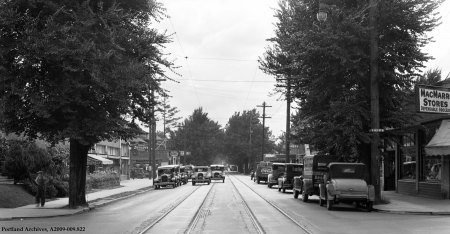 E 14th Street and Broadway, circa 1929 : A2009-009.822