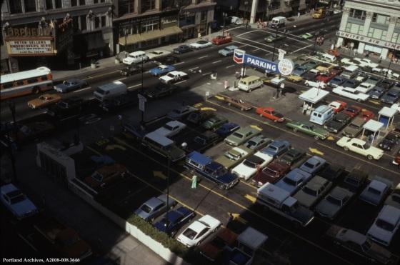 Meier and Frank parking lot, Sept. 22, 1975 : A2008-008.3646
