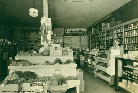 Interior view of Jos T. Harris Grocery   3402 SE Division, 1930 : A2008-001.66