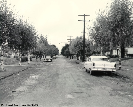 NE 36th between Ainsworth and Holman, 1961 : 8400-03