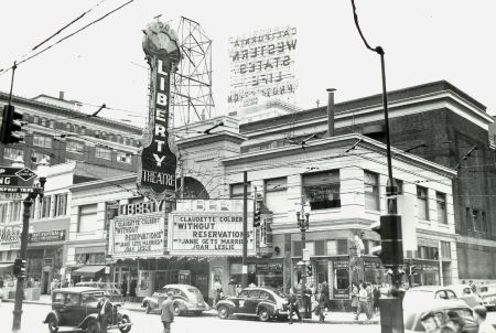 Liberty Theater on SW Broadway and Stark, 1946