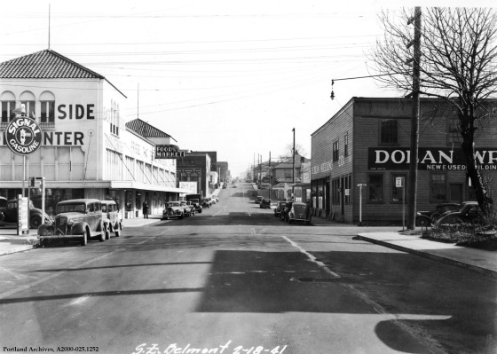 SE Belmont and 8th Ave, Feb. 18, 1940 : A2000-025.1252