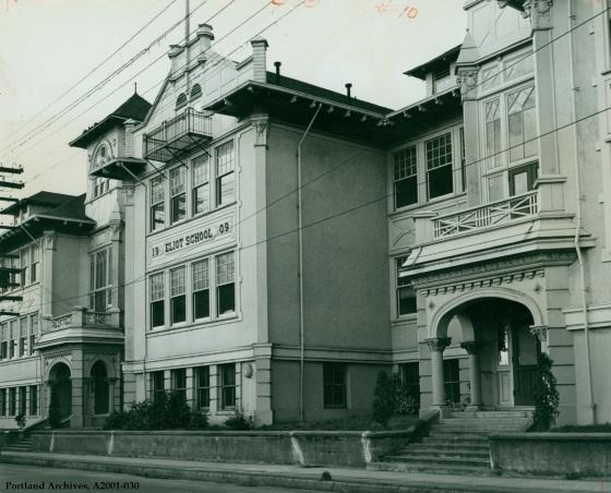 Eliot School on N Knott, circa 1951 : A2001-030