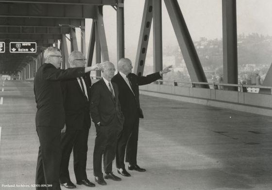 Council on new Marquam Bridge, Sept. 29, 1966 : A2001-09.389
