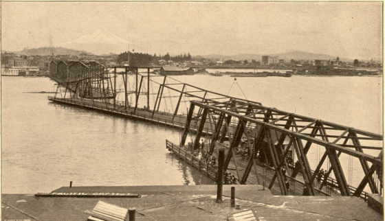 Old Morrison St. Bridge, 1894 : A2004-002.695