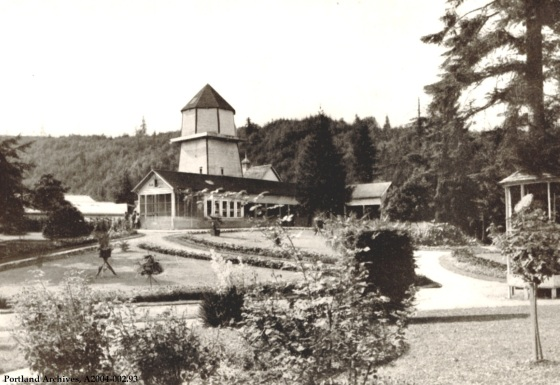 View of facilities in City Park (Washington Park), circa 1902 : A2004-002.93
