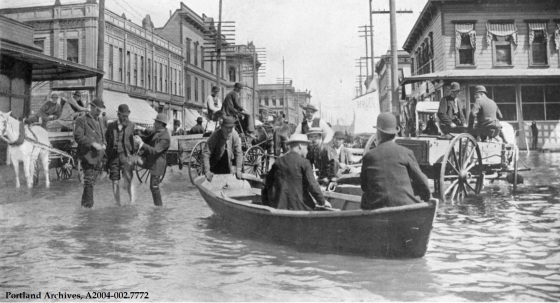 Flood scene at Front and Morrison, 1894 : A2004-002.7772
