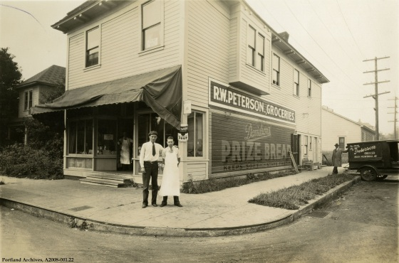 Exterior view of R.W. Peterson Grocery at 3839 N Montana Ave., circa 1931 : A2008-001.22