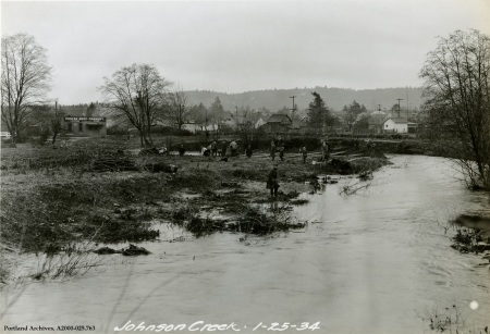 Preliminary work on Johnson Creek near SE Tacoma St., Jan. 25, 1934 : A2000-025.763
