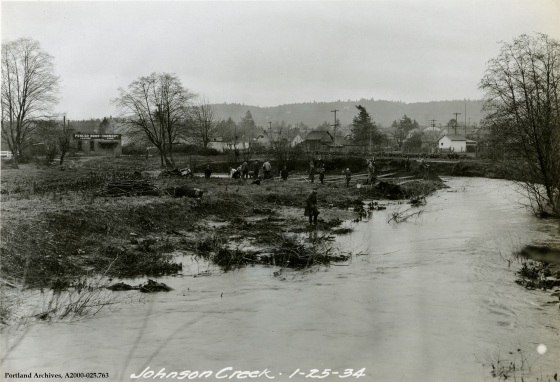Preliminary work on Johnson Creek near SE Tacoma St., Jan. 25, 1934 : A2000-025.763