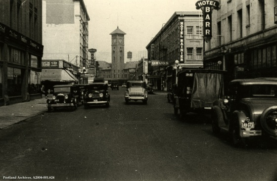 6th Avenue route to Union Station, Jan. 4, 1932: A2004-001.624
