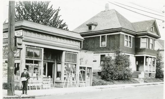 2703 NE Union Avenue, 1929: A2009-009.1065