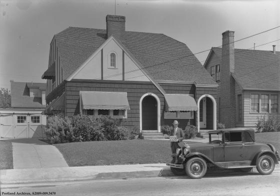 3561 and 3563 NE Broadway, 1929: A2009-009.3470