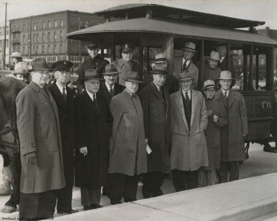 Opening of SW Harbor Drive, Nov. 20, 1942: A2010-019.110