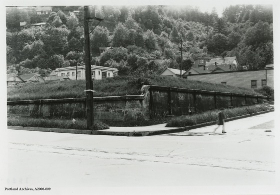 Inactive reservoir site at 6th Ave and Lincoln Street, circa 1929: A2008-009