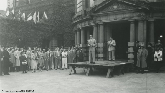 United Nations Day ceremonies at City Hall, October 24, 1950: A2005-005.131.2