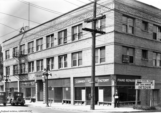 121-135 NE Union Avenue  [Martin Luther King Jr. Blvd] at NE Davis Street, looking southwest, 1929: A2009-009.1767