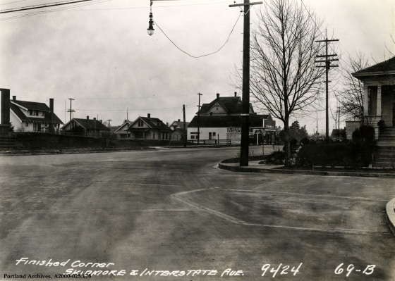 N Skidmore Street and Interstate Avenue, 1931: A2000-025.178