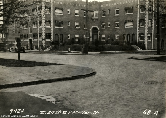 NE 24th Avenue and NE Weidler Street, 1931: A2000-025.175