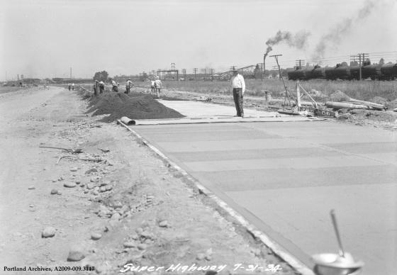 SE McLoughlin Boulevard construction, 1934: A2009-009.3117