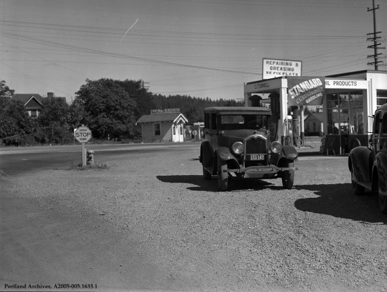 SE Division Street at SE 82nd Avenue looking east, 1940: A2005-005.1633.1