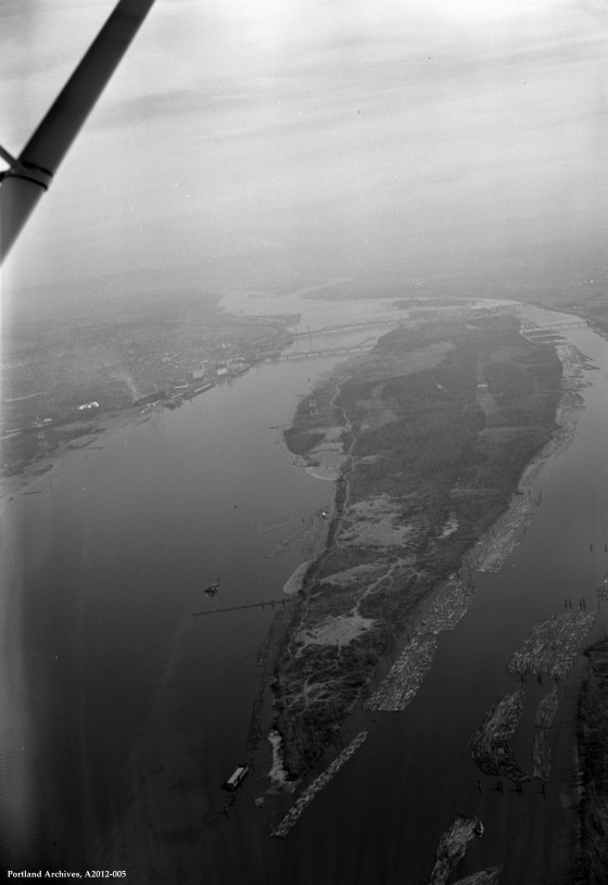 Aerial view of Hayden Island, 1962: A2012-005