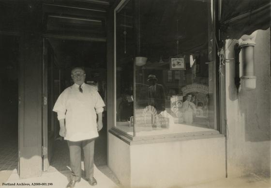 City of Portland Archives, Oregon, A2008-001.198